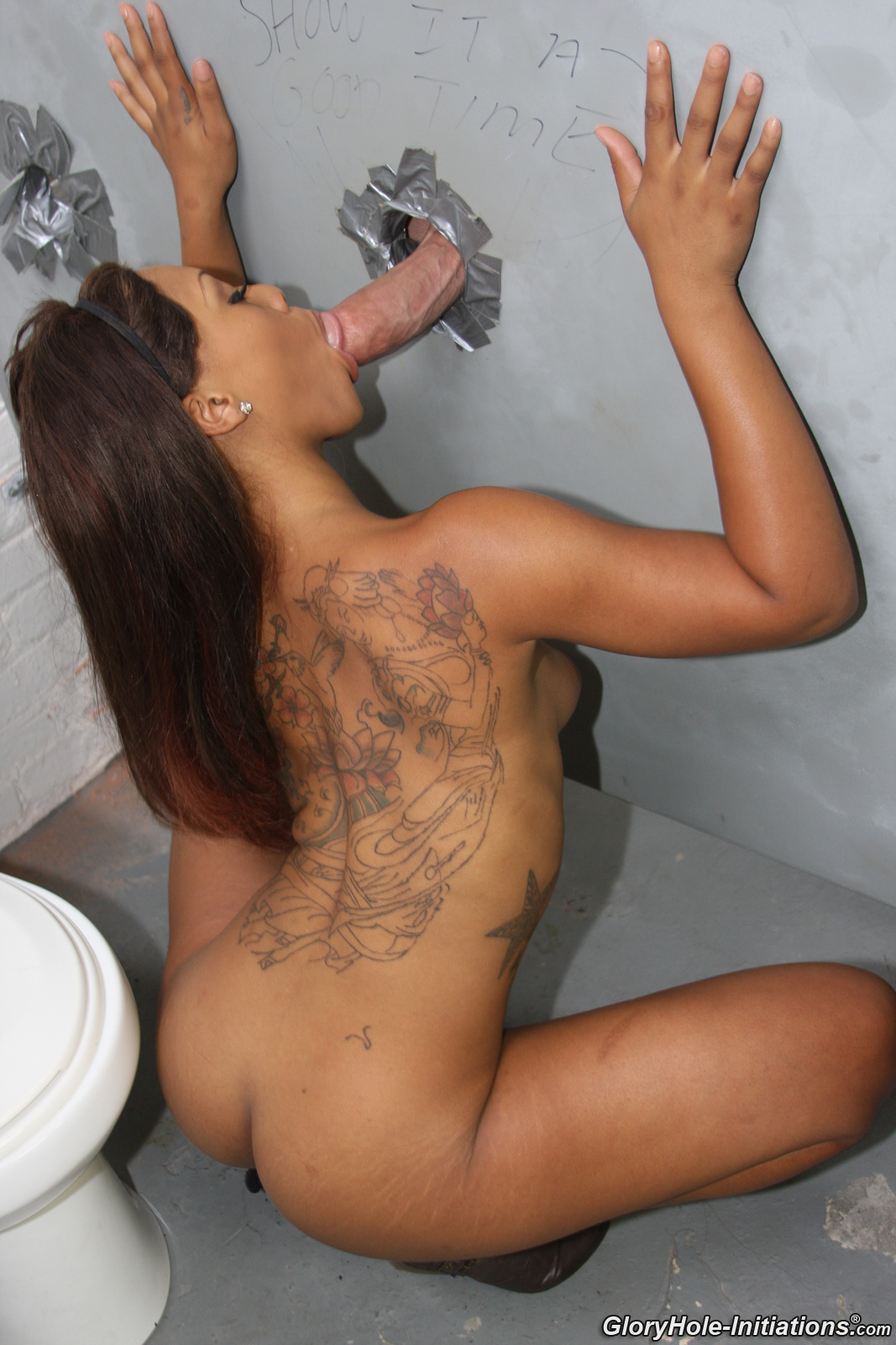 Gloryhole hole anonymous black cocksucking